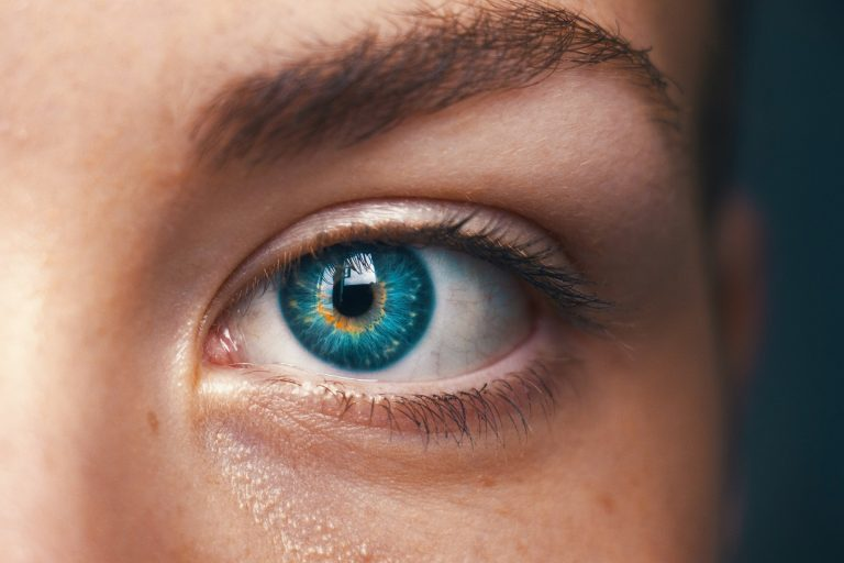 COVID-19 can transmit from the human eye, new study reveals