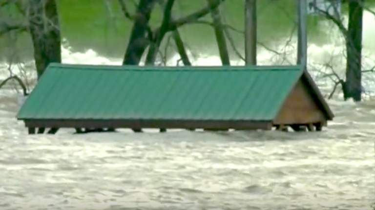 Two dams fail in Michigan, government declares emergency in the middle of a pandemic
