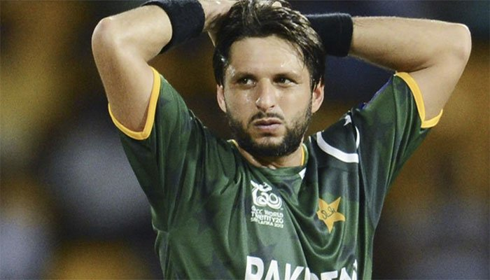 Pakistani Cricketer Shahid Afridi tested positive for COVID-19 ...